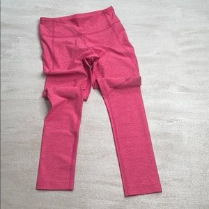 OUTDOOR VOICES 3/4 Warmup Leggings in Flamingo